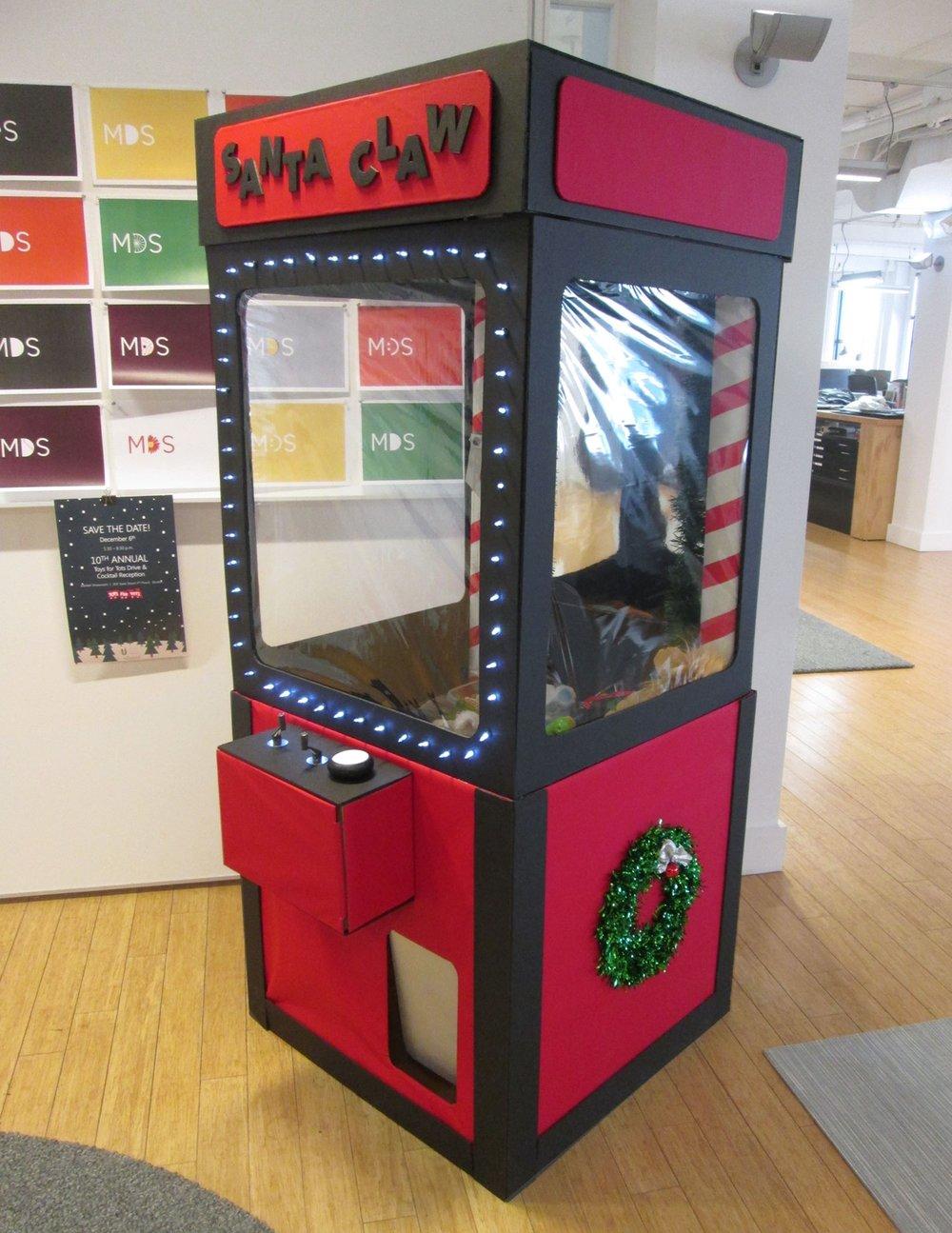 Santa Claw Toy Grabber