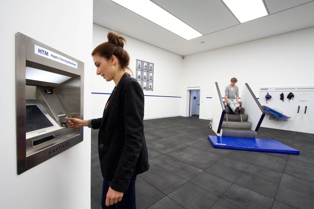 HTM 2009, Haptic Training Machine, Ludwig Museum Budapest 2012