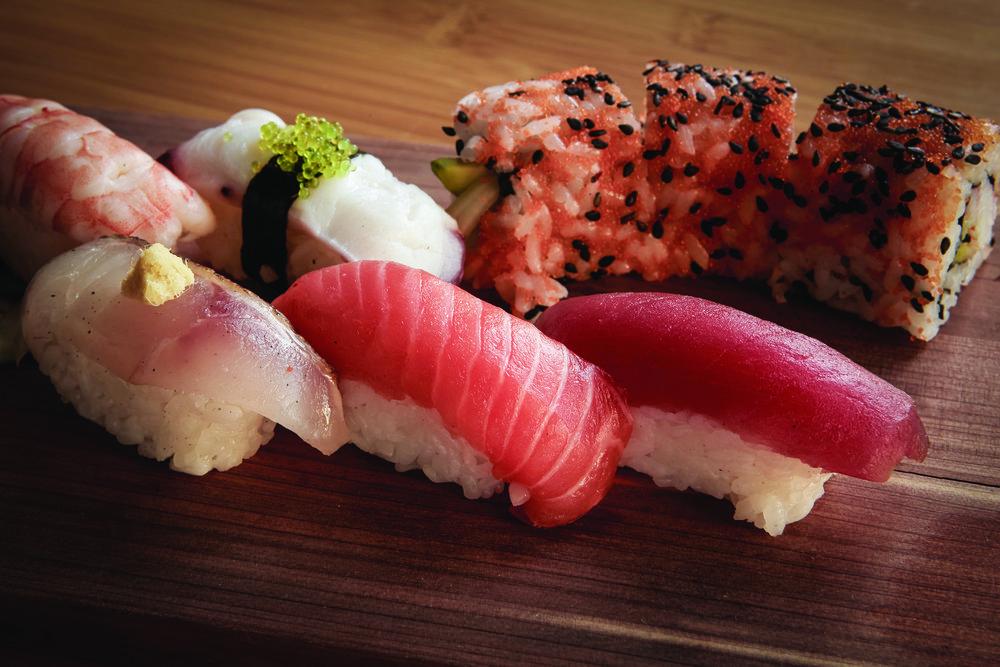 sushi_wood01_0791_CH.jpg