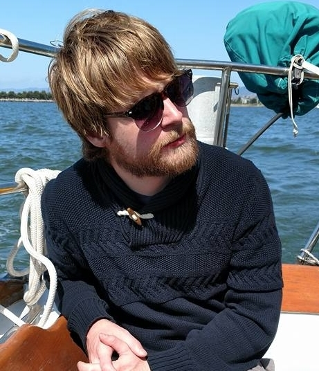 Phillip Jenne   Environmental artist, graphic designer, 3D modeler, branding, yachting, beards. The best of us all.  Puppers: Effie