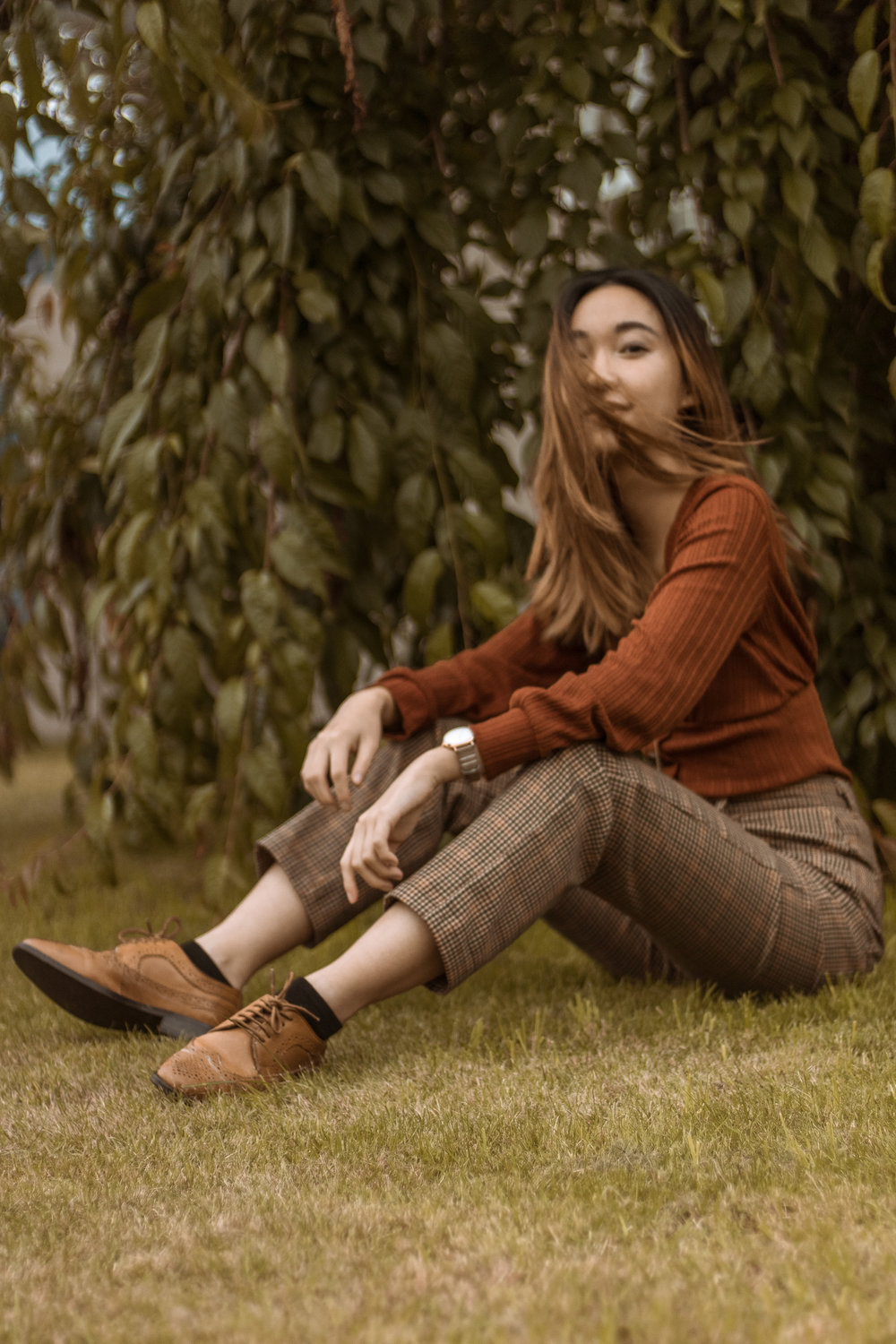 OUTFIT DETAILS   Ribbed rust cardigan top - Dynamite  Checked pants - Brandy Melville USA  Brogued Oxfords - ASOS