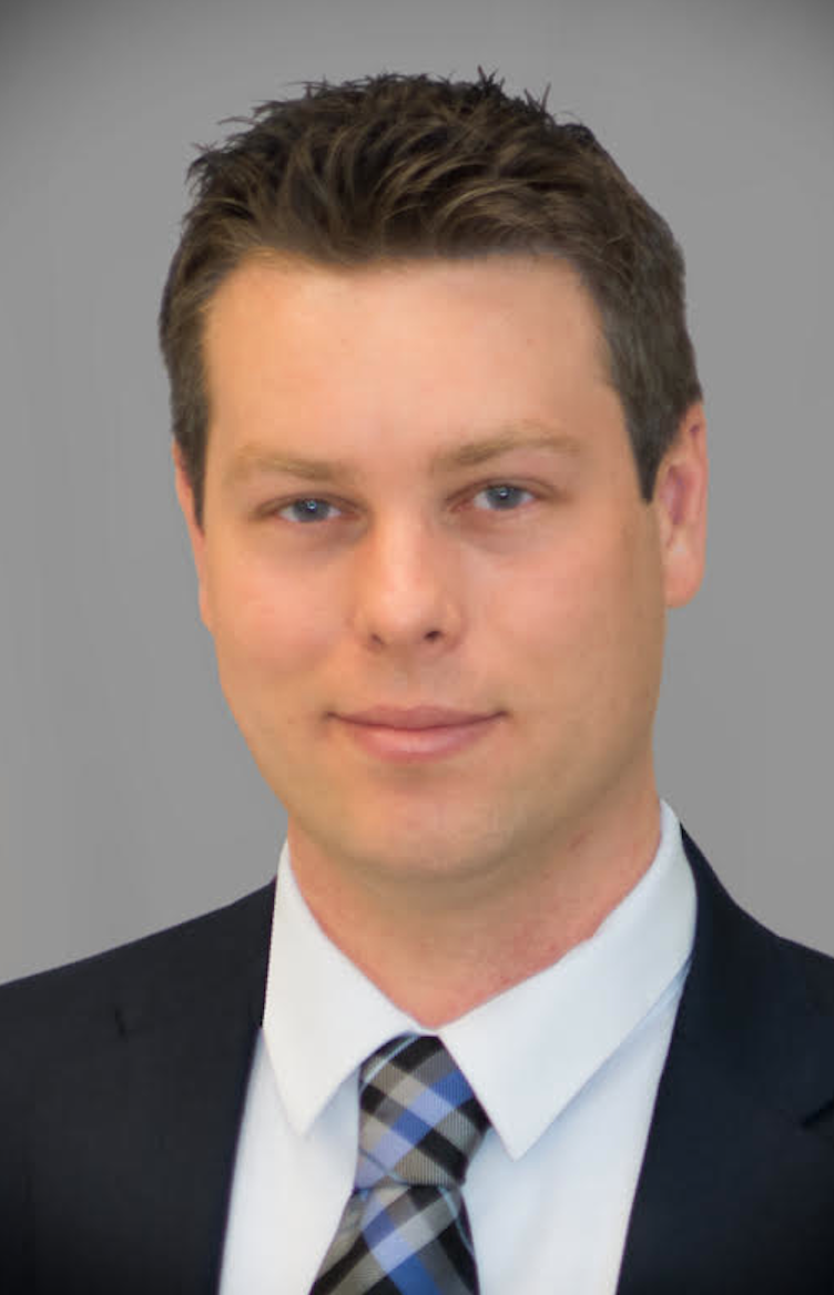 Peter Busch, Associate