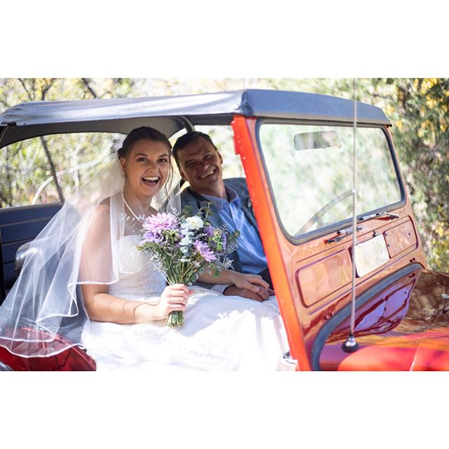 What an awesome bride. Taylor rolled up to the ceremony in this old Willy's Jeep with her dad driving. Plus she makes a gorgeous bride!  Bouquet by: @battlerockfarm  #wildernesswedding #wedventuremag #rockymountainbride
