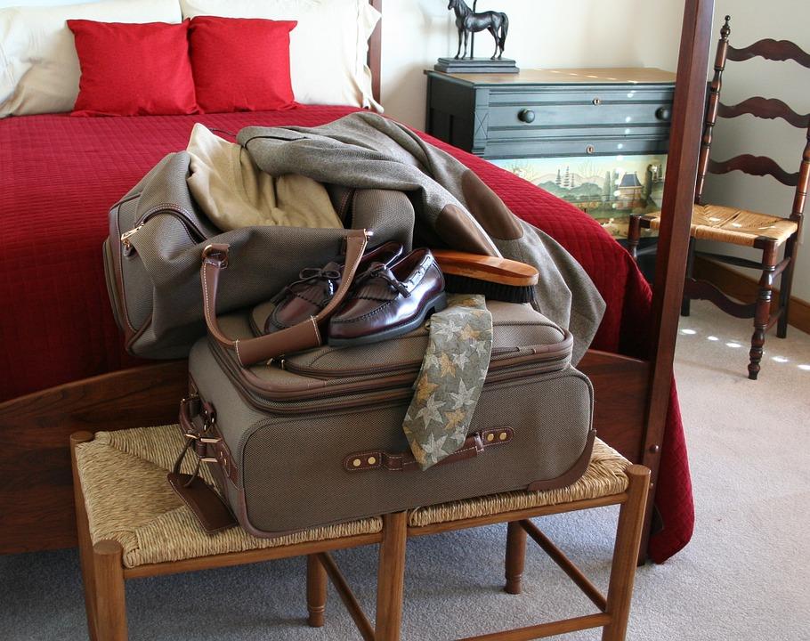 039 TAAL 0717 packing 2.jpg