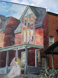 108E mural-Pittsburgh-Garfield-Bride-Penn-Judy-Penzer-Jill-Watson-Ashley-Hodder-Sprout-Fund-75PHigh 5 close up.jpg