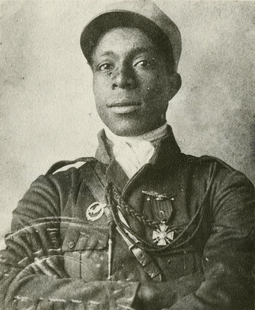 Eugene_Bullard_in_Legionnaire_Uniform.jpg