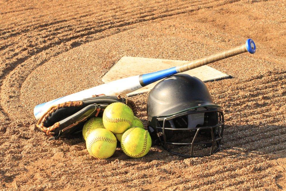115 116 balls-baseball-bat-baseball-glove-257970.jpg