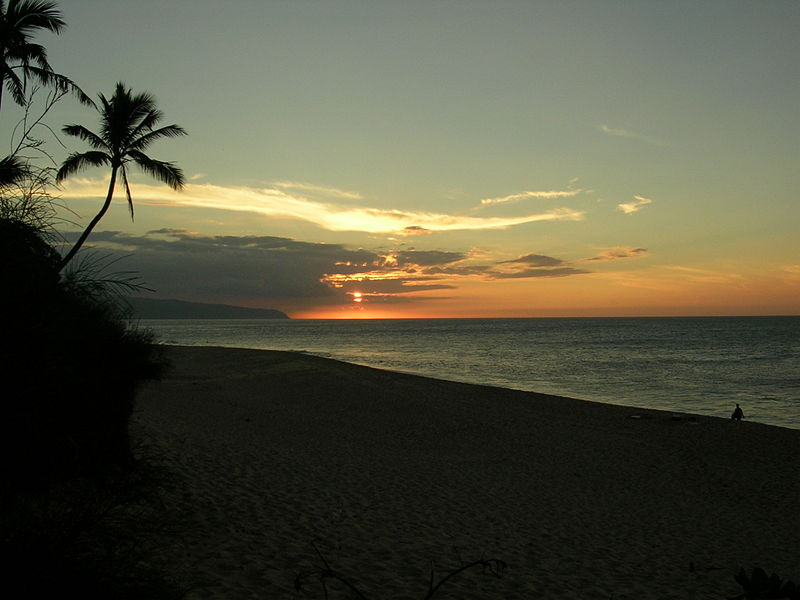 115JQ2-SunsetBeach(Oahu).JPG