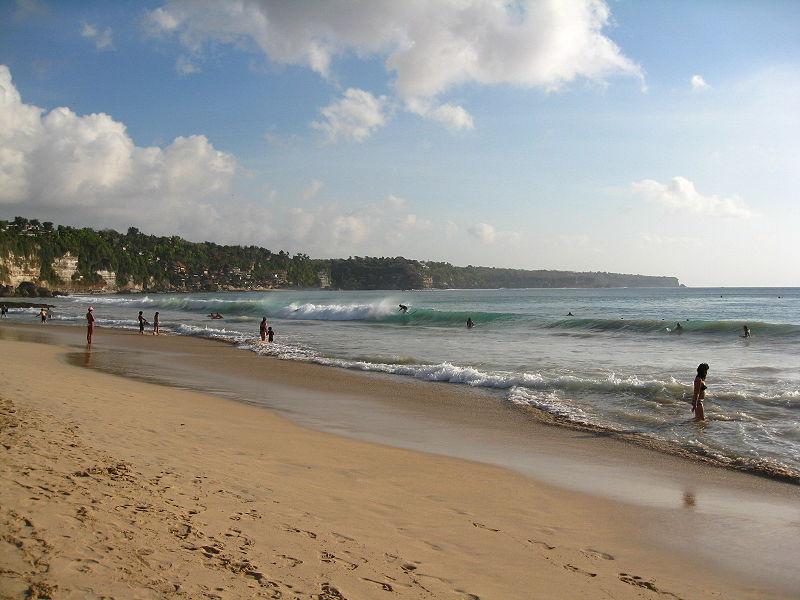 115 JQ9 Dreamland_Beach_Bali.jpg