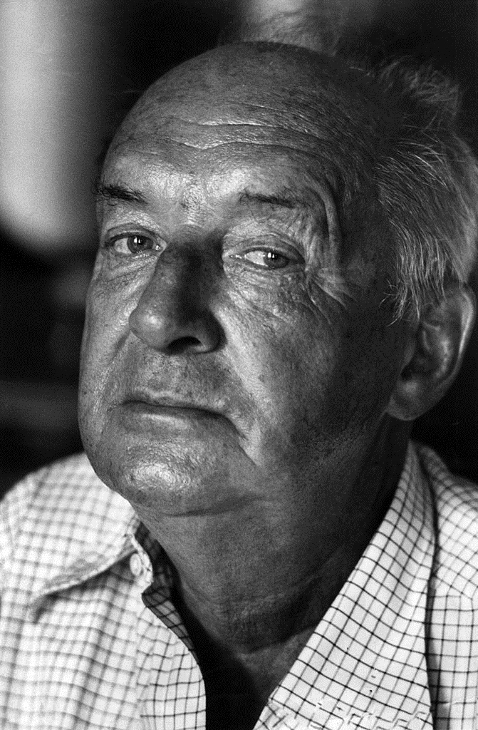 Vladimir_Nabokov_1973.jpg