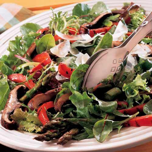 R112 salad with portabellos.jpg