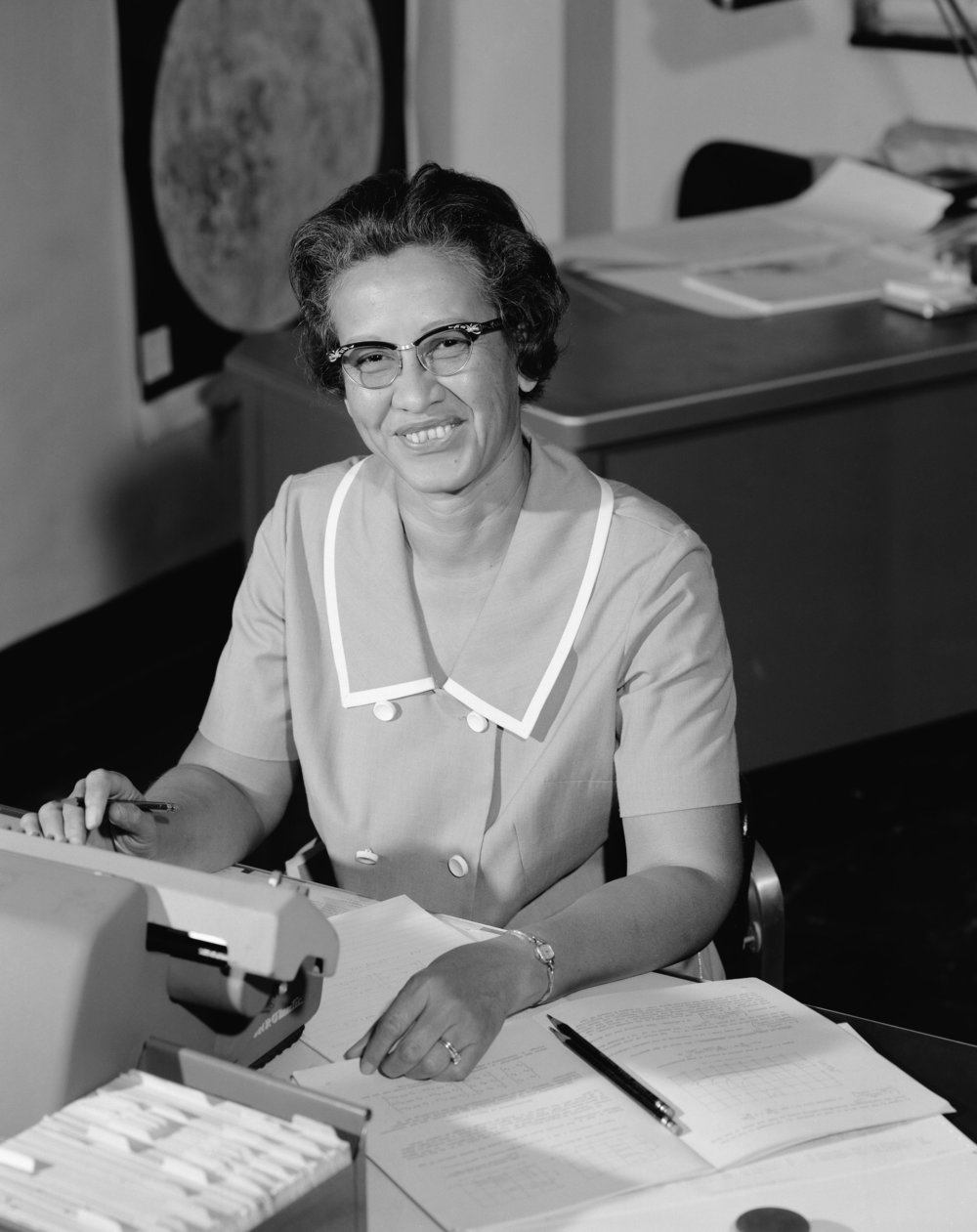 116 Katherine_Johnson_at_NASA,_in_1966.jpg