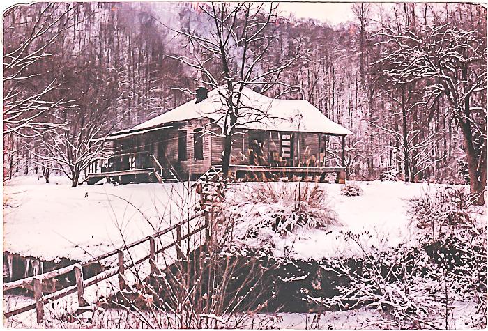 Mama Lakes House.jpg