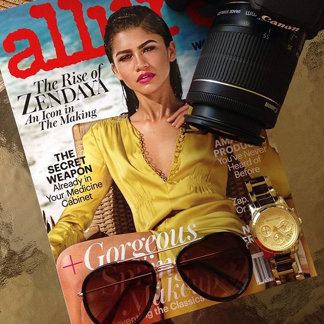 Three things I'm here for in 2017 (so far): 1)This citron yellow Dior gown on the lovely @zendaya for @allure 's January issue. 2)Basking in this gorgeous 80+ degree weather here in Florida. 3)Stepping up my #flatlay #photography skills with my new #canon #T5i I got for Christmas. Looking forward to fun and creative projects in 2017! #signaturestyle #createyoursignaturestyle #acolorstory