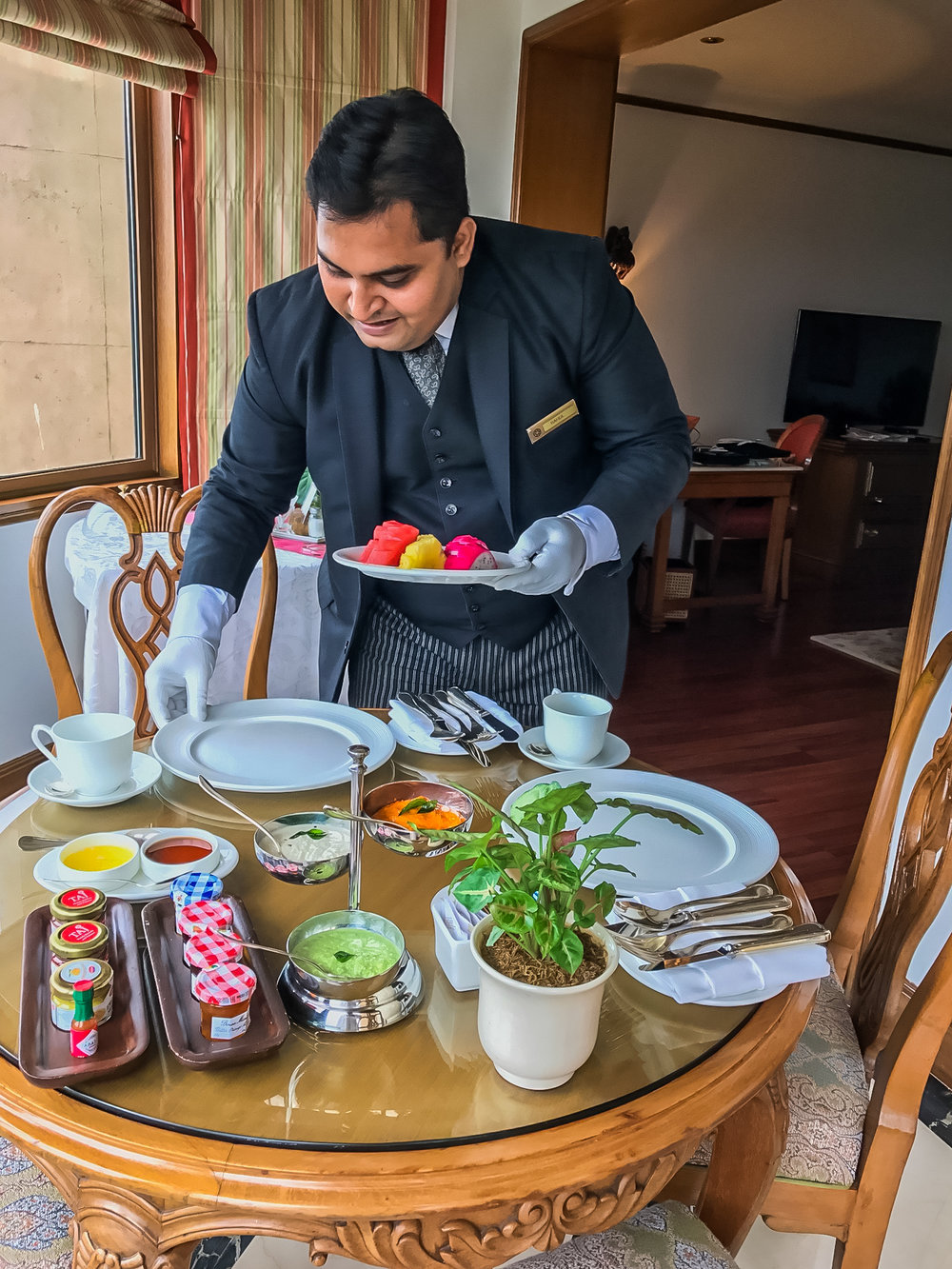 The amazing white gloved butler breakfast service at the Taj Hotel