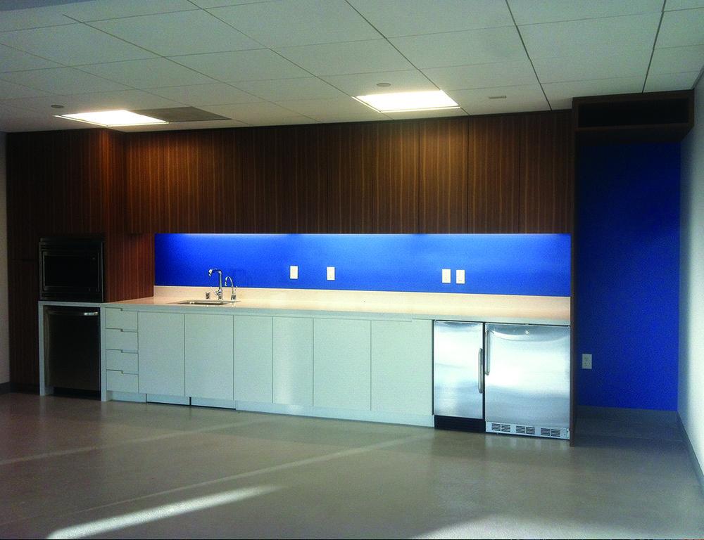 office kitchen 5.jpg