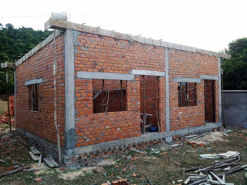 Building two classrooms for Sala Monkey School