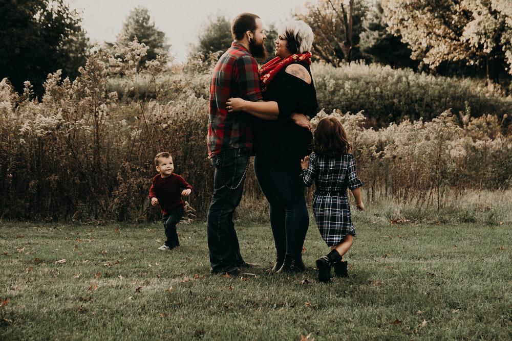 MARKAS - FAMILY