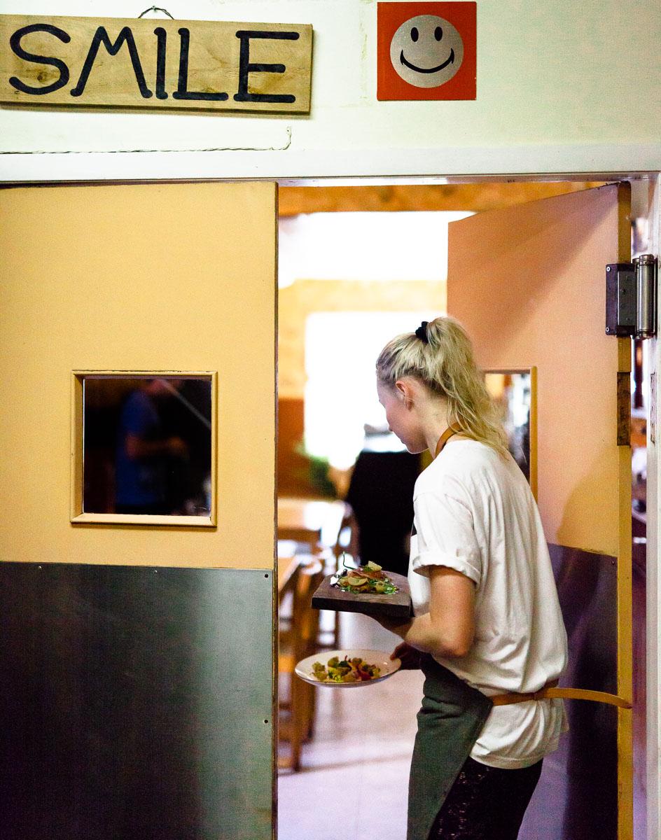 Saskatoon-0051-Chef-Documentary-Style-Photo-The-Hollows.jpg