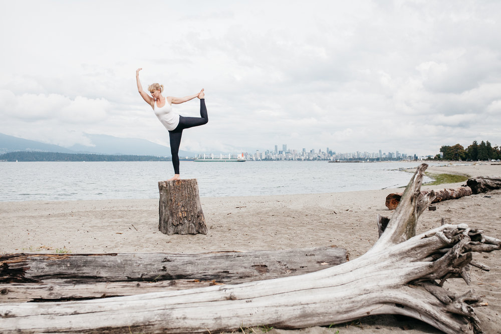 Yoga-Photographer-Vancouver-Spanish-Banks-Commercial-111-untitled-20150828-_MG_3589.jpg