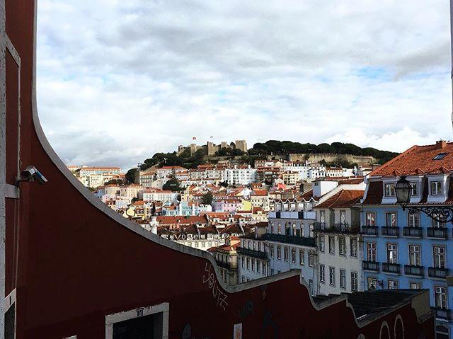 Texture prodigies. - Lisbon buildings
