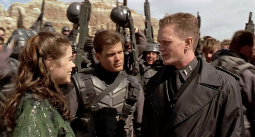 starship-troopers-still2-526x284.jpg