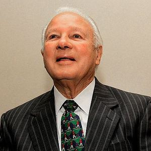 Four time Louisiana governor Edwin Edwards served 8 years in prison for racketeering & extortion