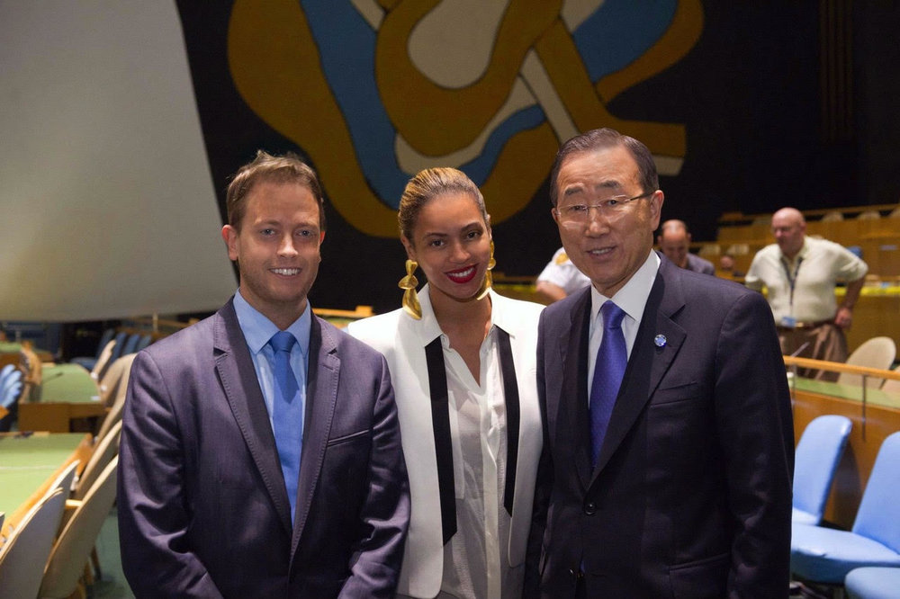 David Ohana with Beyoncé and Ban Ki-moon in the United Nations General Assembly Hall, New York.