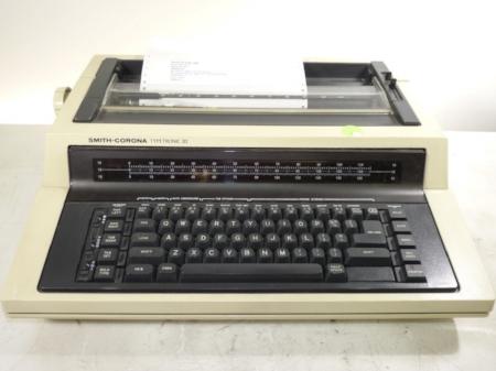 Smith-Corona Typetronic II electric typewriter