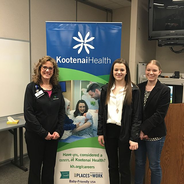 We visited @kootenaihealth for their monthly job fair and learned all kinds of info about how to break into the healthcare biz! Special thanks to the KH recruiting team for taking the time to share their knowledge and tips with our students! #jobready #idahoptech #interviewready #resumeonpoint