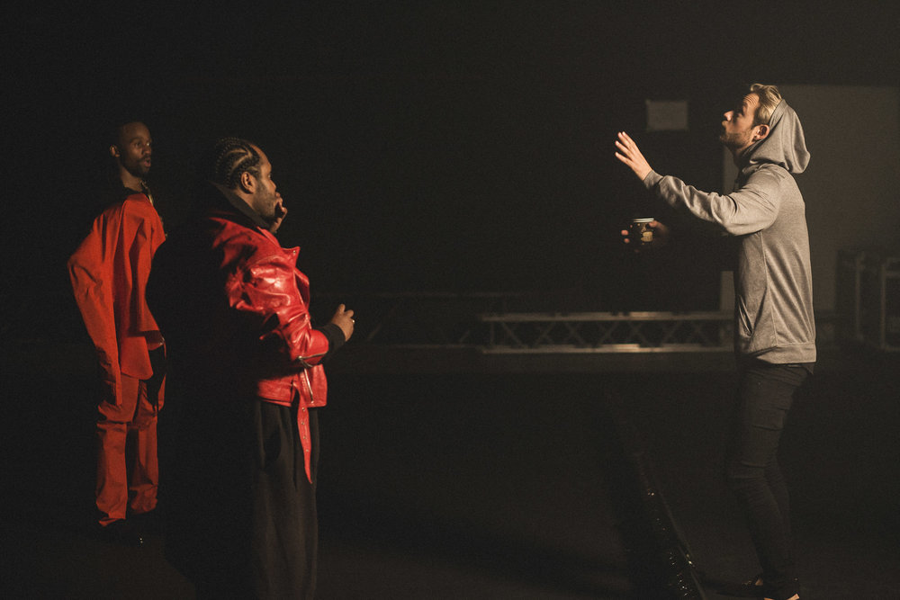 Madcon-Frederic-Esnault-Behind-The-Scenes_03.jpg