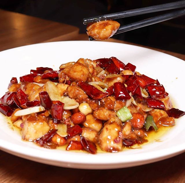 Still cold outside so @alley41official is keeping me warm with their spicy dish! 📷: @lifesotasty_ . . Stir Fried Chicken with Roasted Chili Peanuts 🌶🌶 . . #nyceats #newforkcity #instafood #nycfood #eeeeeats #topnycrestaurants #topcitybites #nyceeeeeats #tasteofny #nycfoodchaser #buzzfeast #nytcooking #forkyeah #eaterny #nycfat #foodie #foodporn #foodstagram #zagat #yelpeatsnyc #eatingnyc #nycfoodie #foodiegram #nycdining #f52grams #bestfoodny #michelinguide #timeoutnewyork #alley41