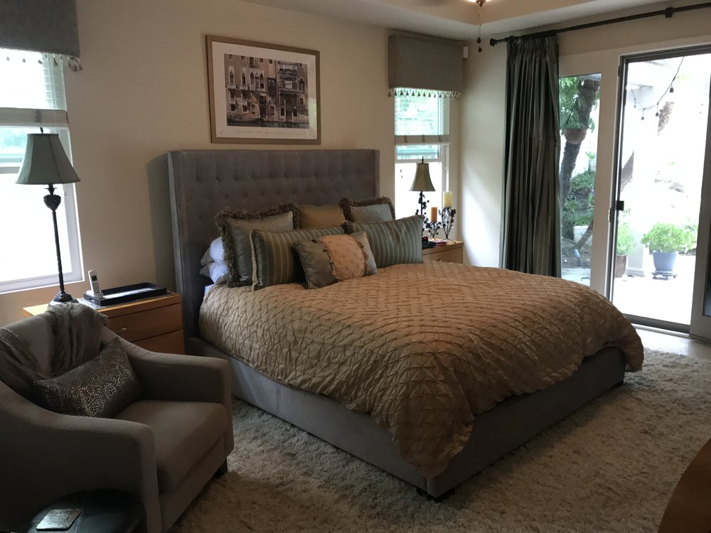 Light - Champagne colored duvet in a light fabric is good for warmer months.