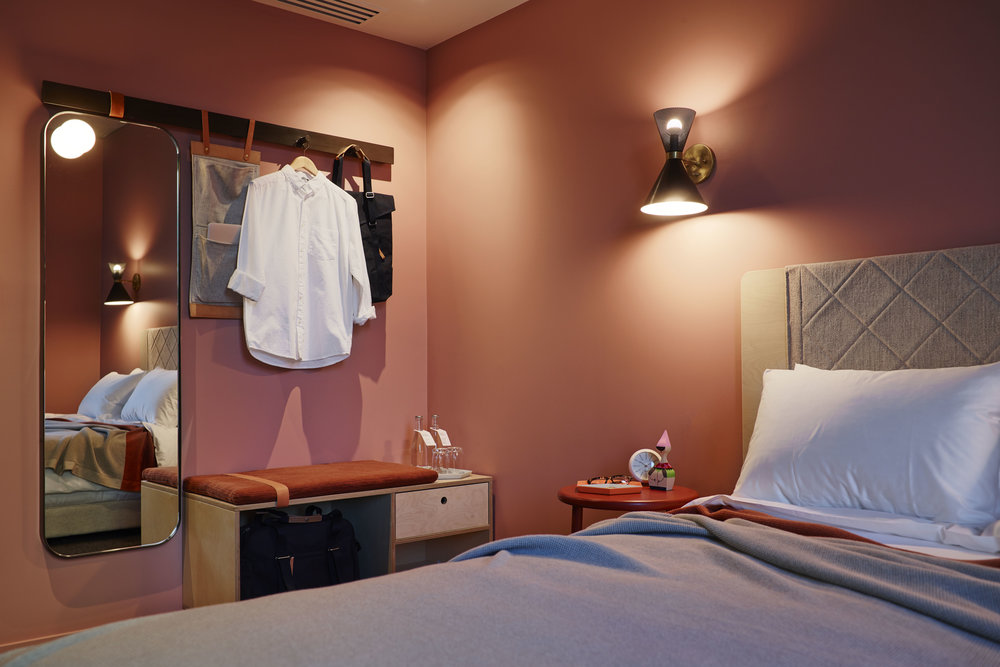 Room_207_Alex_Hotel_250515_78920.jpg
