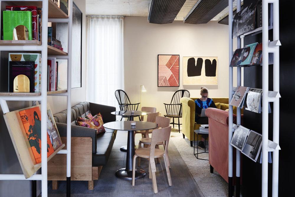 Mezzanine_Level_Alex_Hotel_250515_79452.jpg