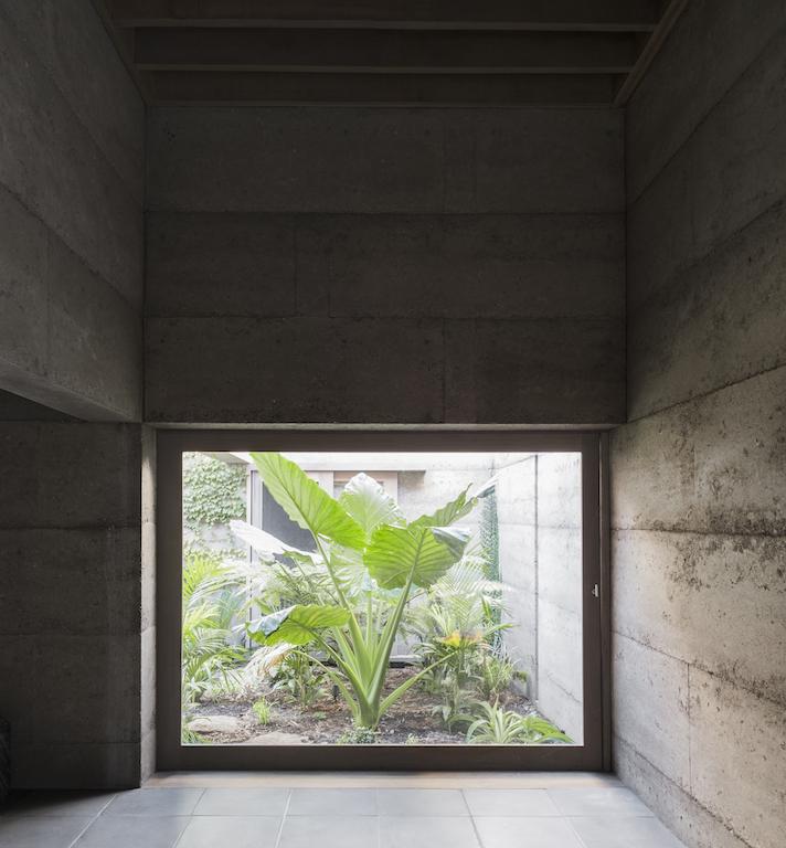 cloister house_07 ©Givlio Aristide.jpg