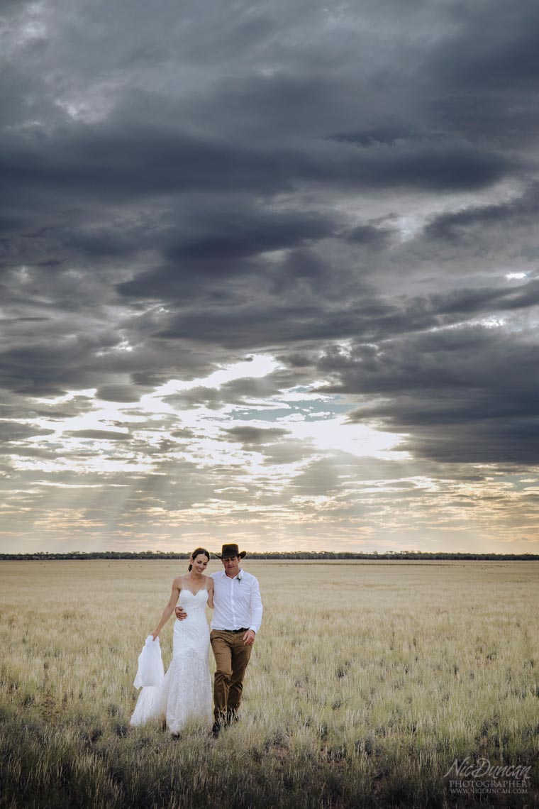 wooleen-outback-wedding-079.jpg