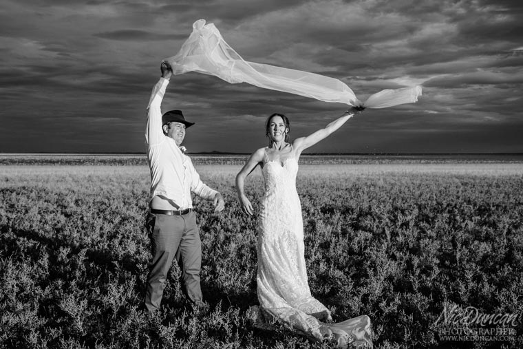 wooleen-outback-wedding-084.jpg