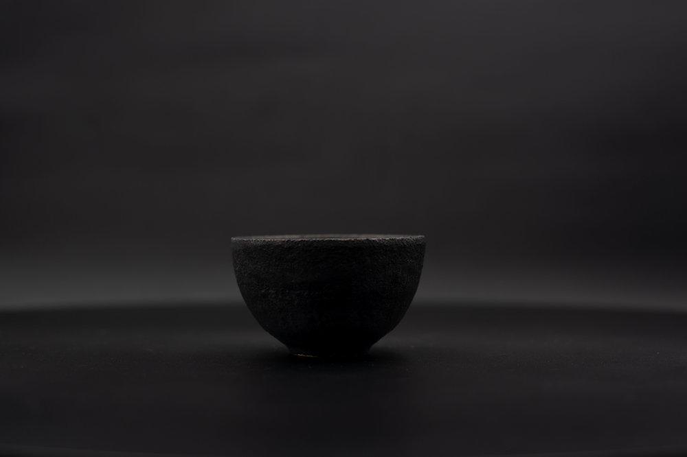 E1 | Mini Bowl - Glaze: black on blackMaterials: ClayØ 8.5cm x 5cm | Ø 3.3