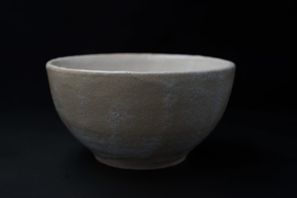 Medium Low Bowl - Glaze: whiteMaterials: ClayØ 19cm x 9.5cm | Ø 7.5