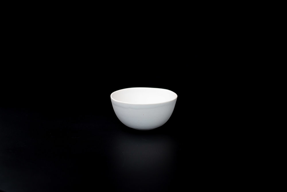 N2|NESTED BOWL - Glaze: Satin light whiteMaterials: PorcelainØ 11cm x 5.5cm | Ø 4.33