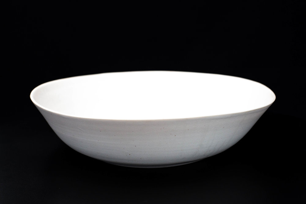 N6|NESTED BOWL - Glaze: Satin light whiteMaterials: PorcelainØ 35cm x 8m | Ø 13.77 x 3.14