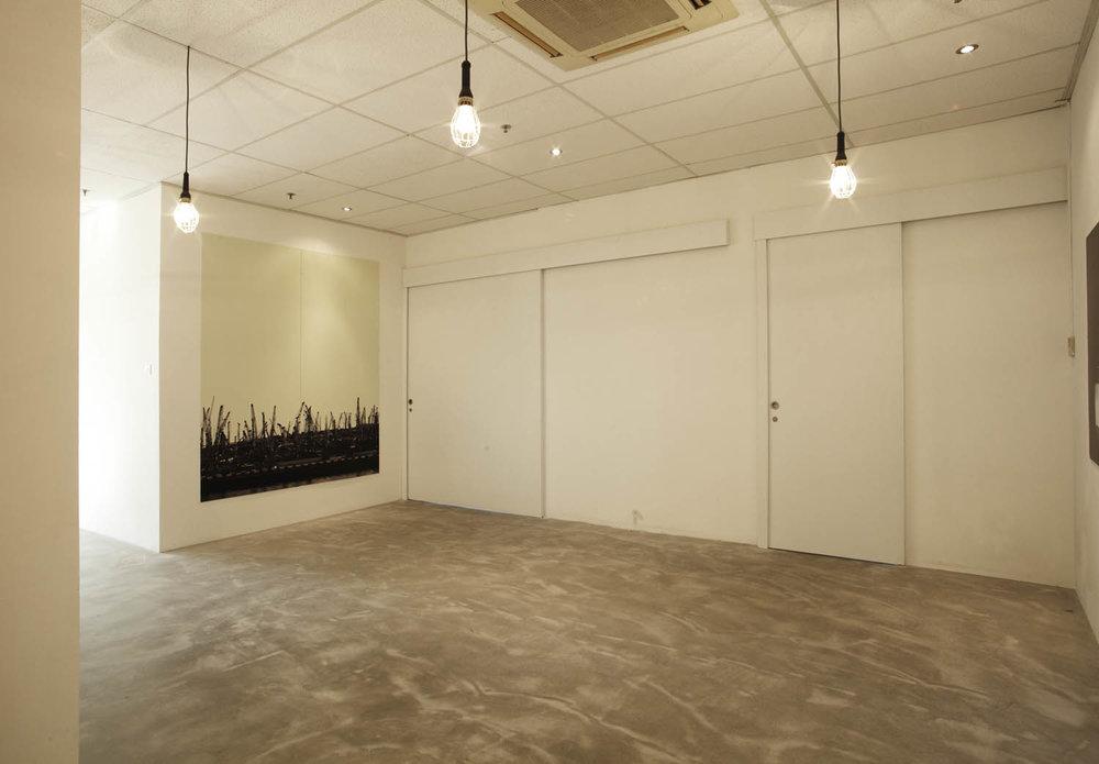 studio entry.jpg