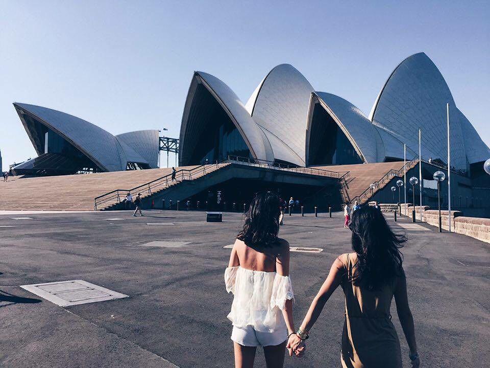 GIRL'S TRIP -