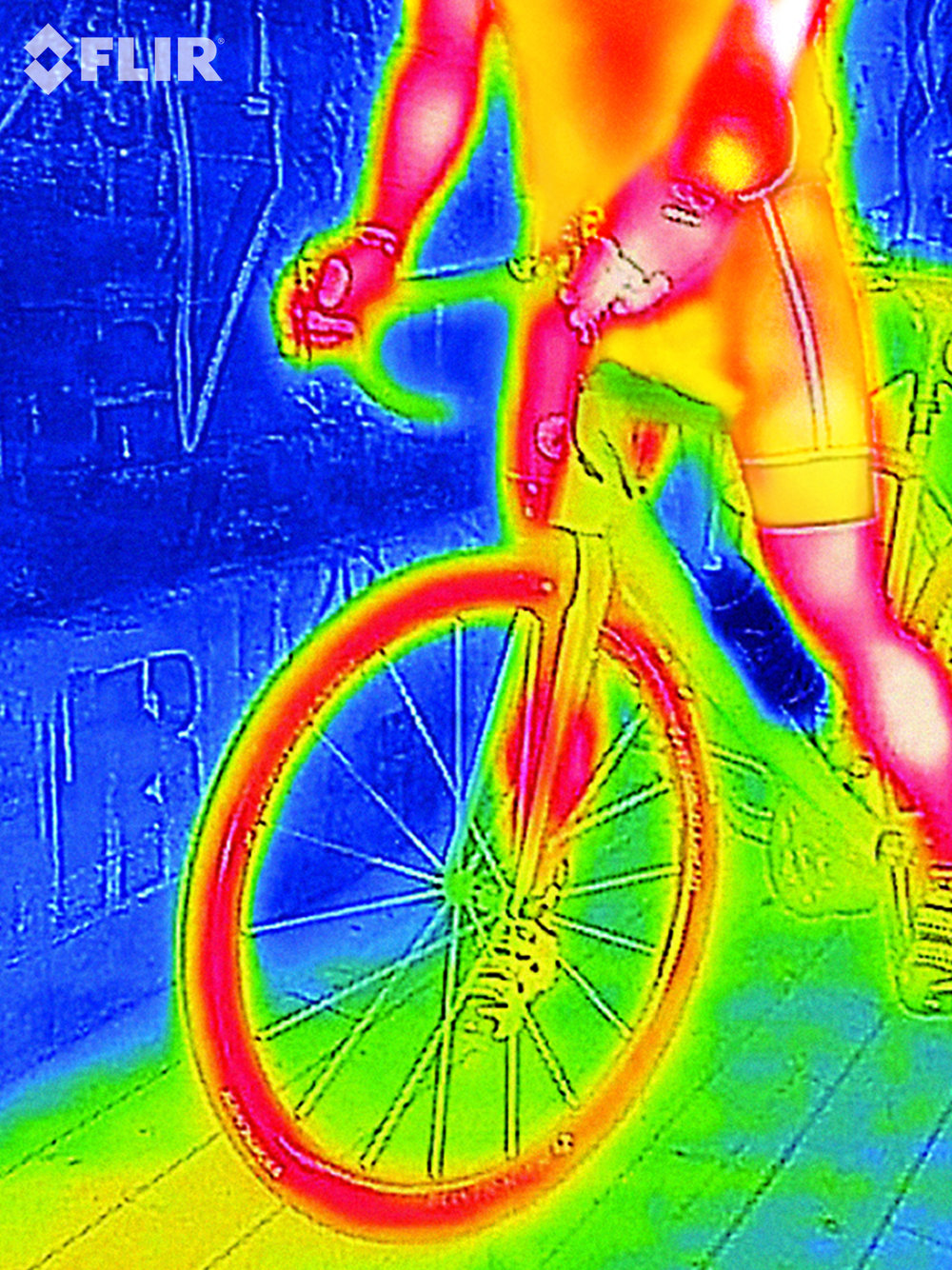 FLIRONE_Thermal_Imaging_cyclist.jpg