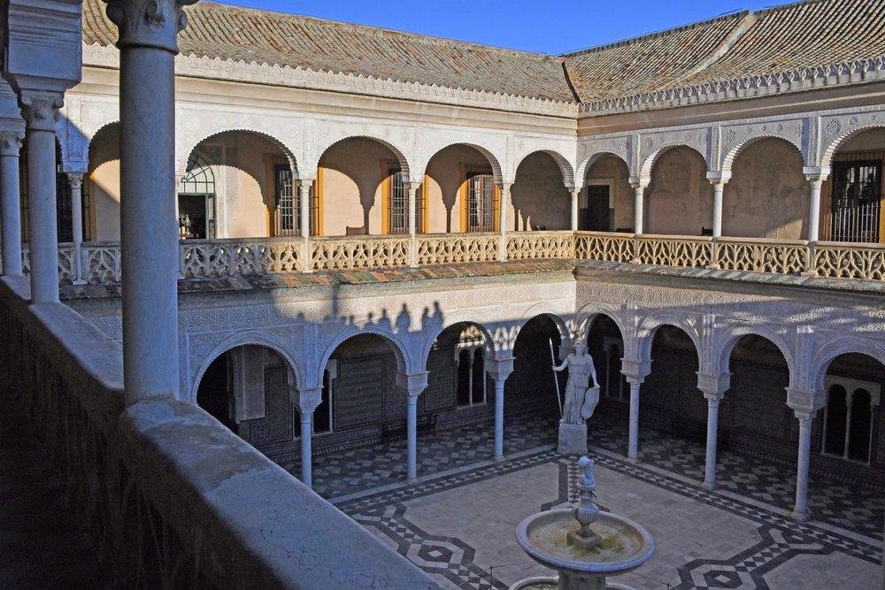 Central patio at Casa de Pilatos