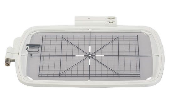 bernette-Chicago-embroidery-hoop--L--2440.jpg