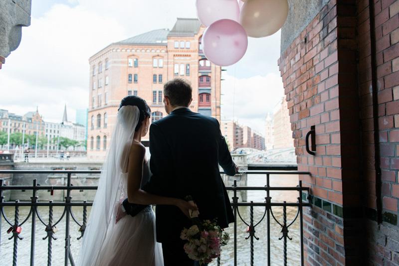 xeniabluhm-Hochzeitsfotograf-Hamburg-Speicherstadt038.jpg