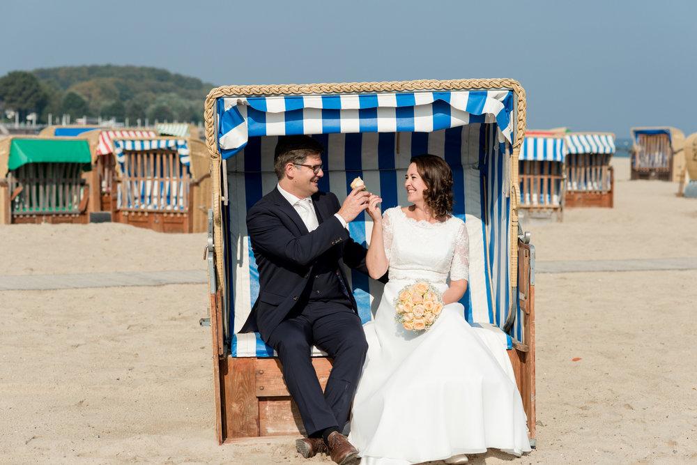 Bluhm-Hochzeitsfotograf-HochzeitamMeer-60.jpg