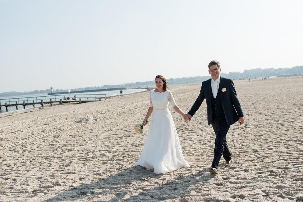 Bluhm-Hochzeitsfotograf-HochzeitamMeer-62.jpg